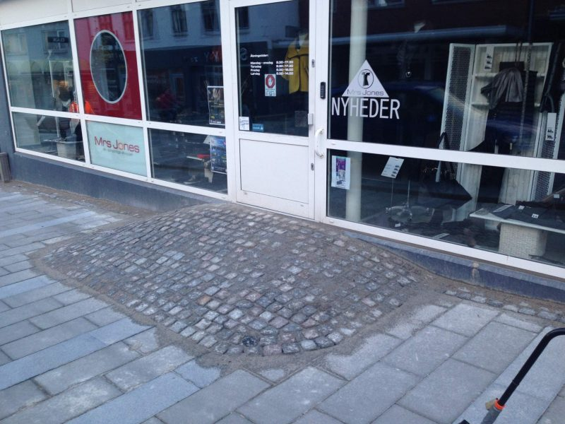 Hadstens Handelsstrøg, Søndergade, Belægning, 2013 (11)