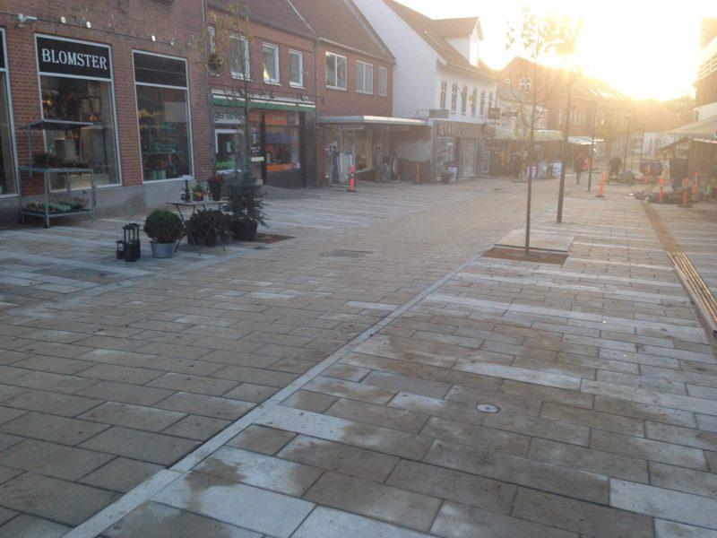 Hadstens Handelsstrøg, Søndergade, Belægning, 2013 (17)