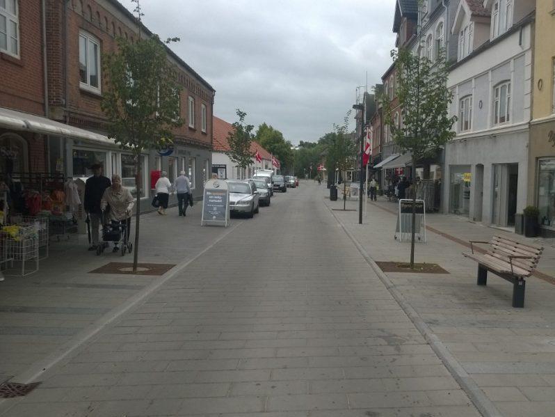 Hadstens Handelsstrøg, Søndergade, Belægning, 2013 (22)